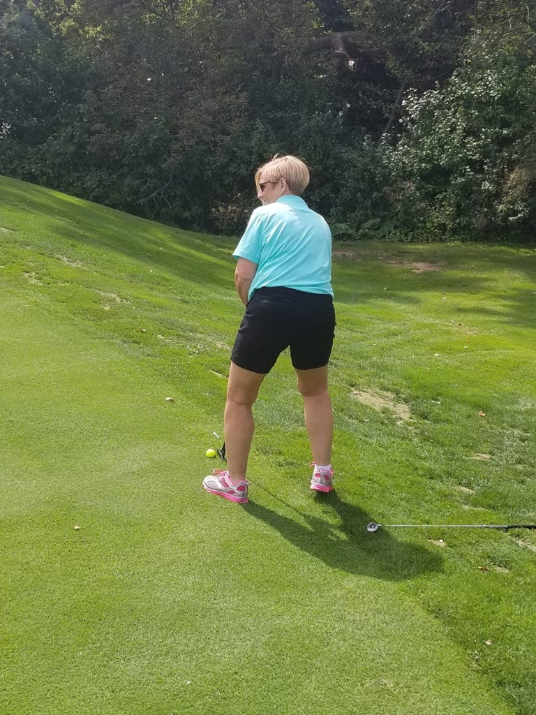 Linda-for-the-putt